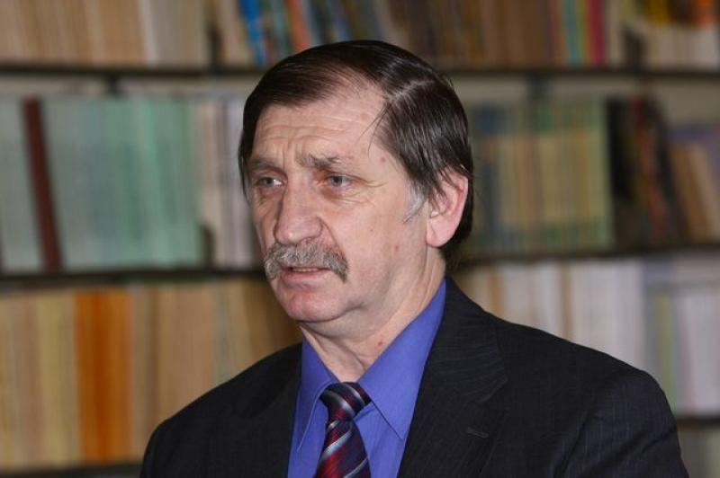 NICOLAE BĂCIUȚ: AM REZISTAT, ȘI ÎN 2014, MULTOR JOCURI POLITICE, PRESIUNI, ABUZURI PE CARE N-AȘ VREA SĂ CRED CĂ SE DATOREAZĂ VINEI DE A FI ROMÂN LA ... TÂRGU-MUREȘ