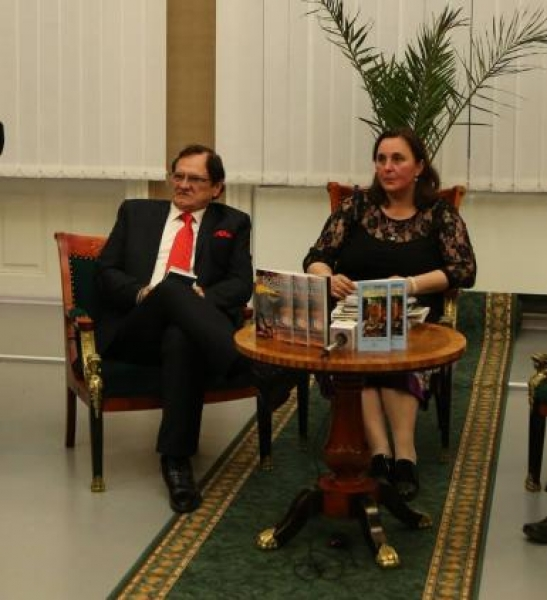 VEZI BISTRIŢENII CE AU PRIMIT PREMIILE LIGII SCRIITORILOR DIN ROMÂNIA PENTRU CĂRŢILE APĂRUTE ÎN ANUL 2015