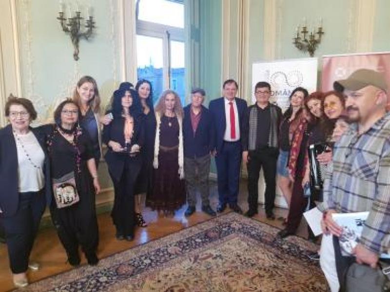 DOREL COSMA A PROMOVAT POEZIA ROMÂNEASCĂ LA ISTANBUL