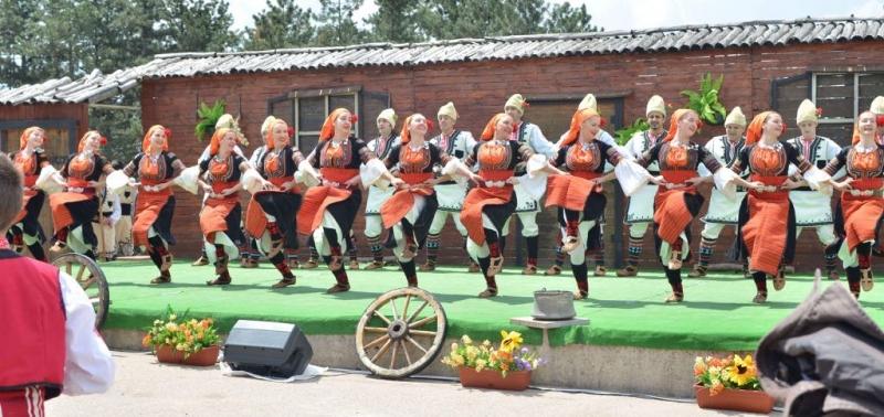 """BULGARIA - ÎN ACEST AN LA FESTIVALUL INTERNAȚIONAL DE FOLCLOR """"NUNTA ZAMFIREI"""" !"""