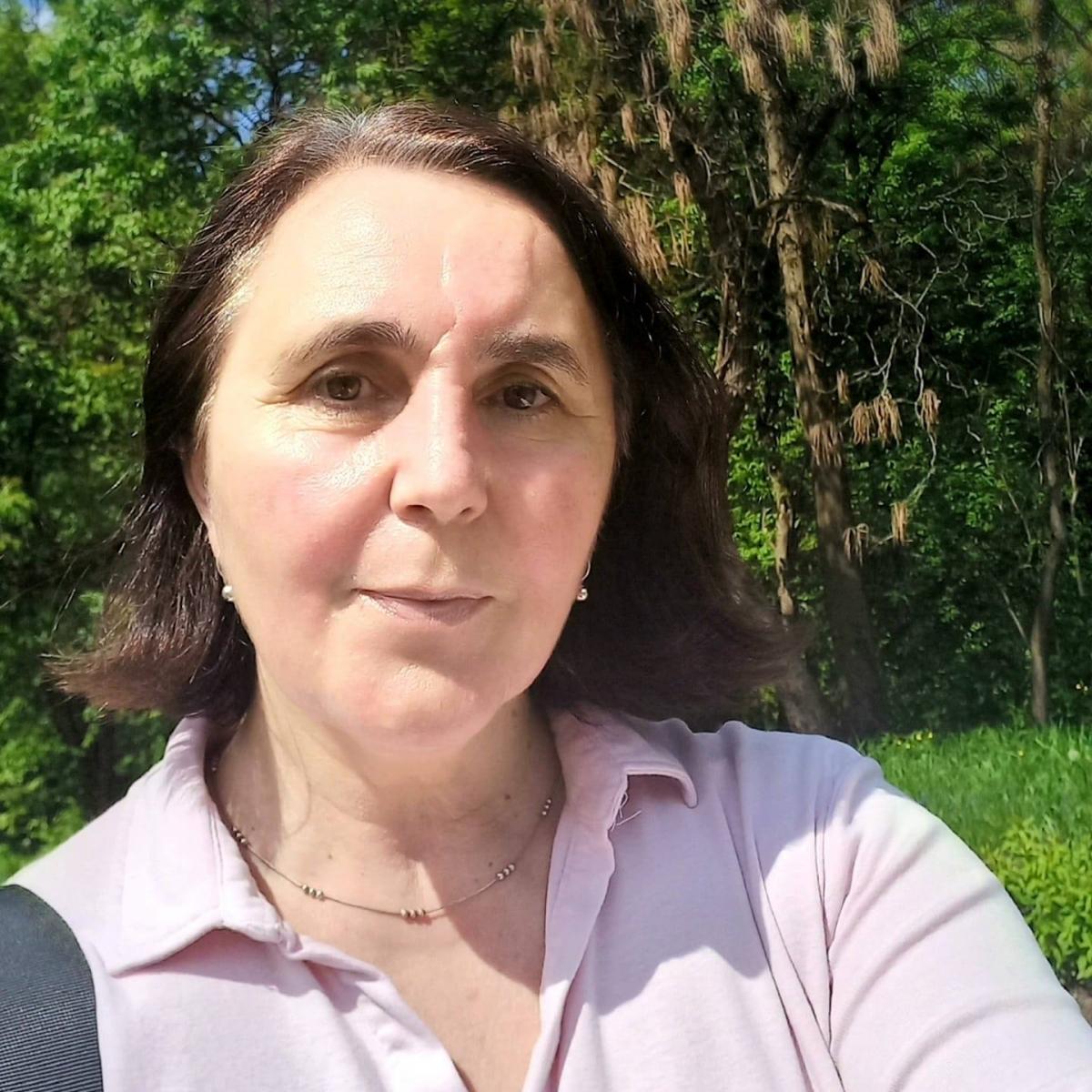 PROF. MIRELA RUS- PICĂTURA DE LITERATURĂ: ELENA M. CÎMPAN-POEME CU FLUTURI