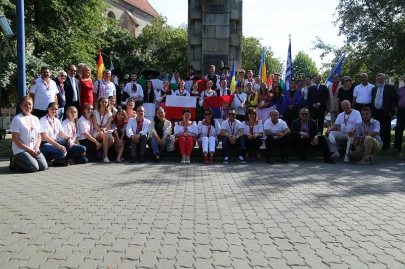 20ème FESTIVAL INTERNATIONAL DE FOLKLORE « Nunta Zamfirei »  à Bistrita (Roumanie)  du 26 au 29 juillet 2015