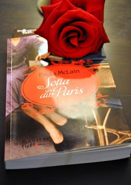 """LECTURA, LA ZI - """"SOȚIA DIN PARIS"""" DE PAULA MCLAIN"""