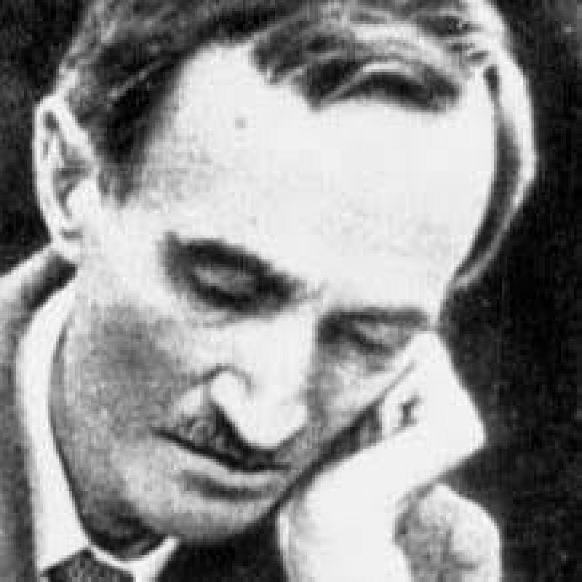 PROF. MIRELA RUS: PICĂTURA DE LITERATURĂ : BACOVIA ȘI CENTRUL MIZANTROP ȘI AVAR