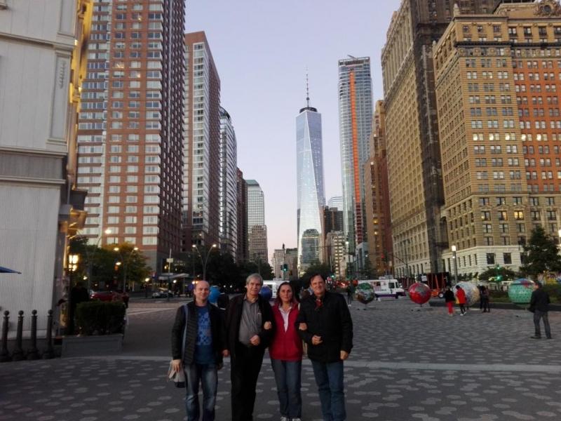 ÎN PREMIERĂ: POEZIA BISTRIȚEANĂ E LA NEW YORK