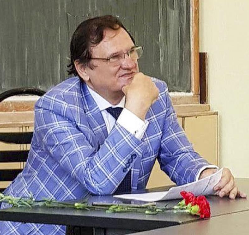 LA MULȚI ANI, DOREL COSMA, MANAGER PALATUL CULTURII BISTRIȚA !