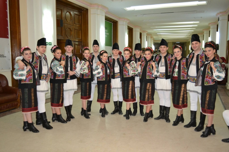 PALATUL CULTURII BISTRIȚA ANUNȚĂ CONCURS PENTRU 33 DE POSTURI VACANTE LA CUNUNA DE PE SOMEȘ